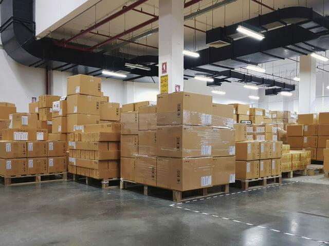 bigstock-Large-Warehouse-Logistic-Or-Di-234011734-640x480.jpg?strip=all&lossy=1&ssl=1