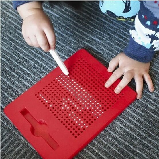 MAGNETIC BALL DOODLE PAD