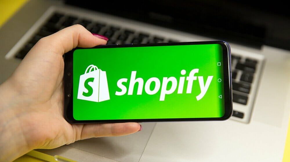 Dropshipping-On-Shopify.jpg?strip=all&lossy=1&fit=1000%2C560&ssl=1
