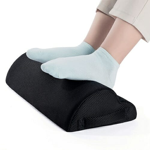 Ergonomic Footrest Pillow