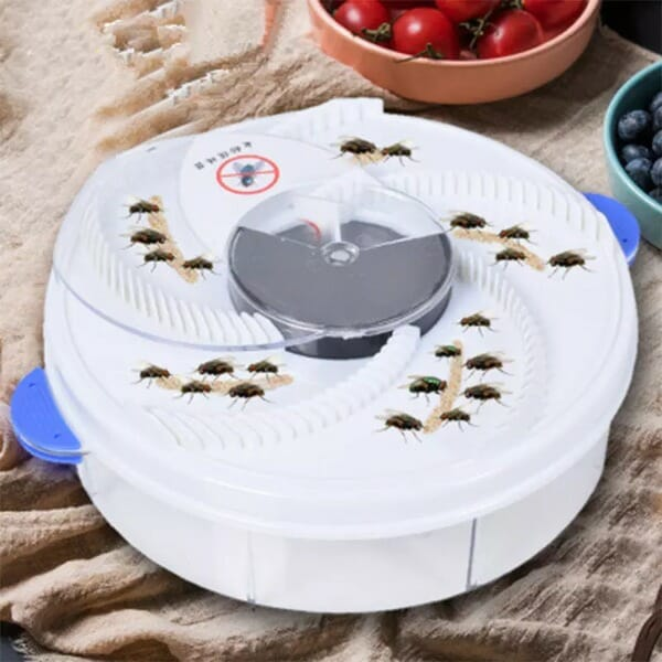 Revolving Electronic Fly Trap