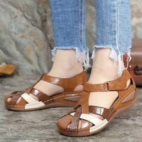 Retro Round Toe Sandals